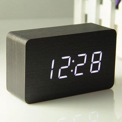petite horloge digital. Black Bedroom Furniture Sets. Home Design Ideas
