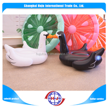 Lovely inflatable water swan pool toys