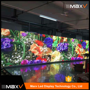 P3.9mm led display screen hd videos indoor led display soccer wall