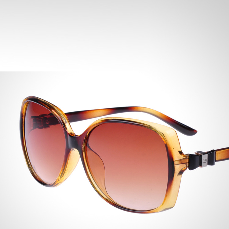 2049f40b6dbc Get Quotations · 2015 summer style fashion retro womens uv400 protetction  glasses to Europe and the united states big