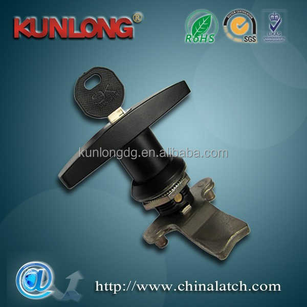 SK1-019 T-handle hand operated cam latch