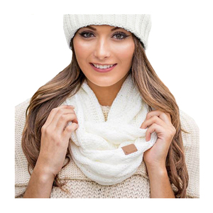 Wholesale Acrylic Warm Crochet Latest Designs Chunky Woven Custom Brand Logo Fashion Infinity Knitted Winter Scarf Women