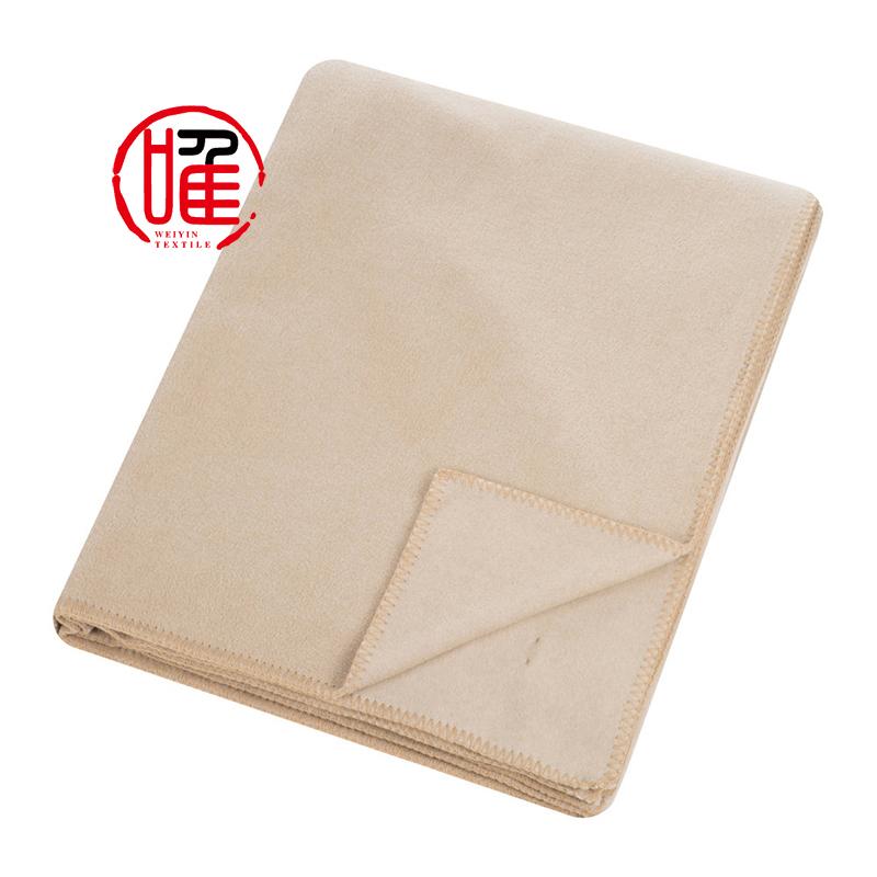 China Manufacturer Factory Price Wholesale Premium Cheap Lightweight  Promotional Gift Throw Disposable Polar Fleece Blanket 99a0c086c
