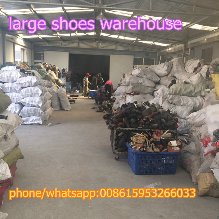 used tennis shoes/used hand bags/cheap used athletic shoes
