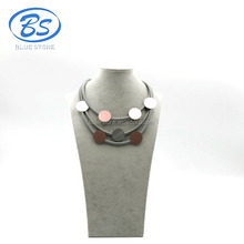 MBN060 simple conception en alliage d'aluminium ronde blingbling or rose Silicone collier ras du cou