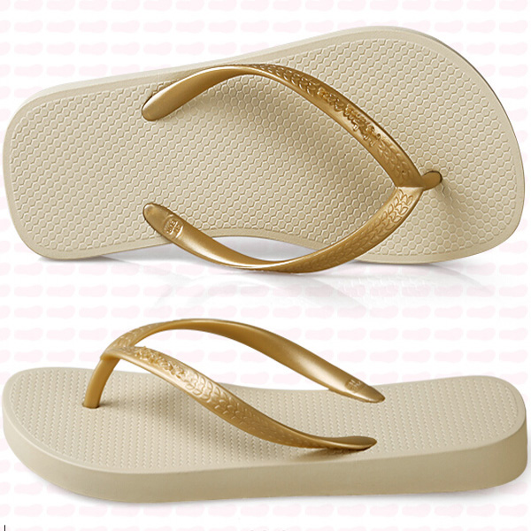 slipper pu with different color available can make customized logo printing for gift and promotion