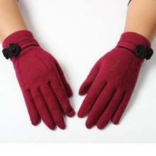 Personalized promotional women black flowers trim red wool touch screen gloves winter