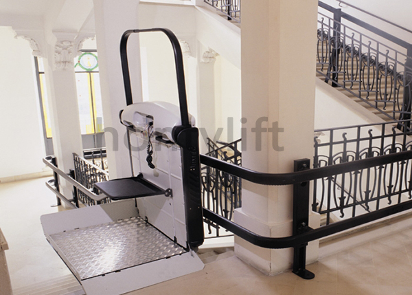 Chair lifts design for curved stairs