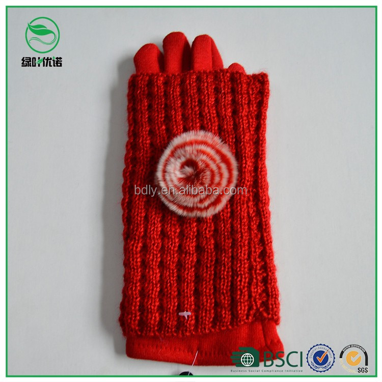 Ladies soft fashion knit gloves set,winter wool knit gloves with ornament