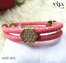 Wholesale import gift items from china and ladies gift items,corporate gift items