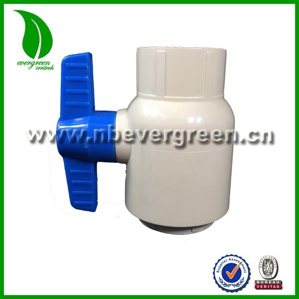 High temperature resistance Cpvc 2 ball valve with bule handle