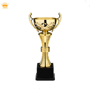 Chinese supplier golf metal trophy cups