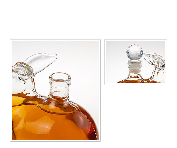 New Design Handmade Heat Resistant Borosilicate Glass Bottle Animal Shaped Glass Bottle Rabbit Shaped Glass Bottle