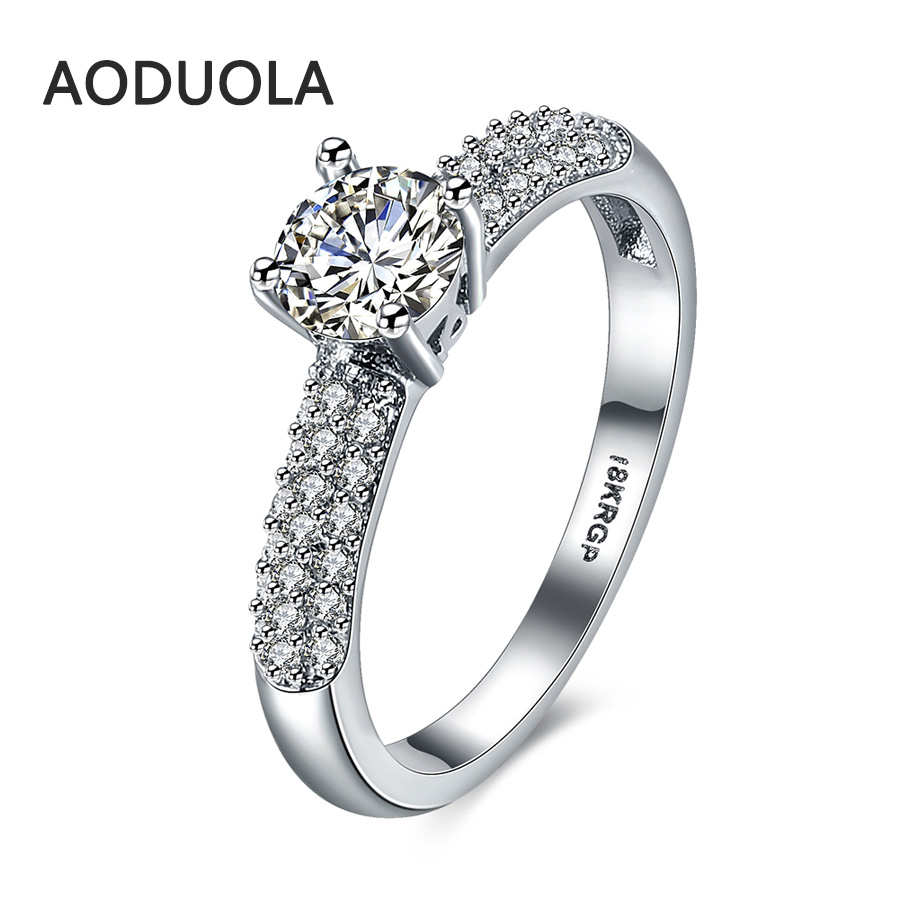 Four Claws Ring Platinum Plated Crystal Zirconia Women's
