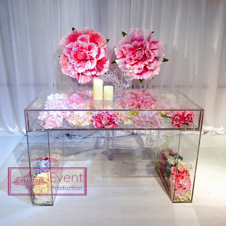 Hot selling fully transparent wedding acrylic table set  for newlyweds for events on dining chairs