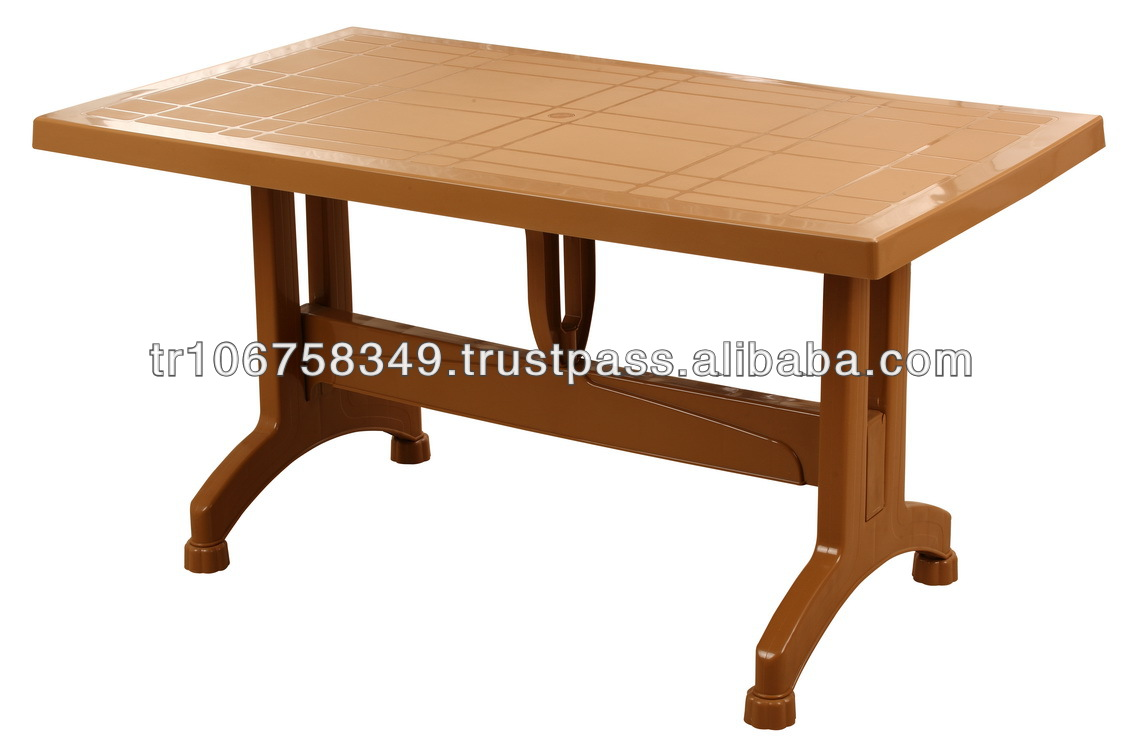 plastic table with plastic leg