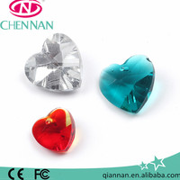 Pujiang wholesale high quality Faceted surface heart shaped large glass beads jewellery making