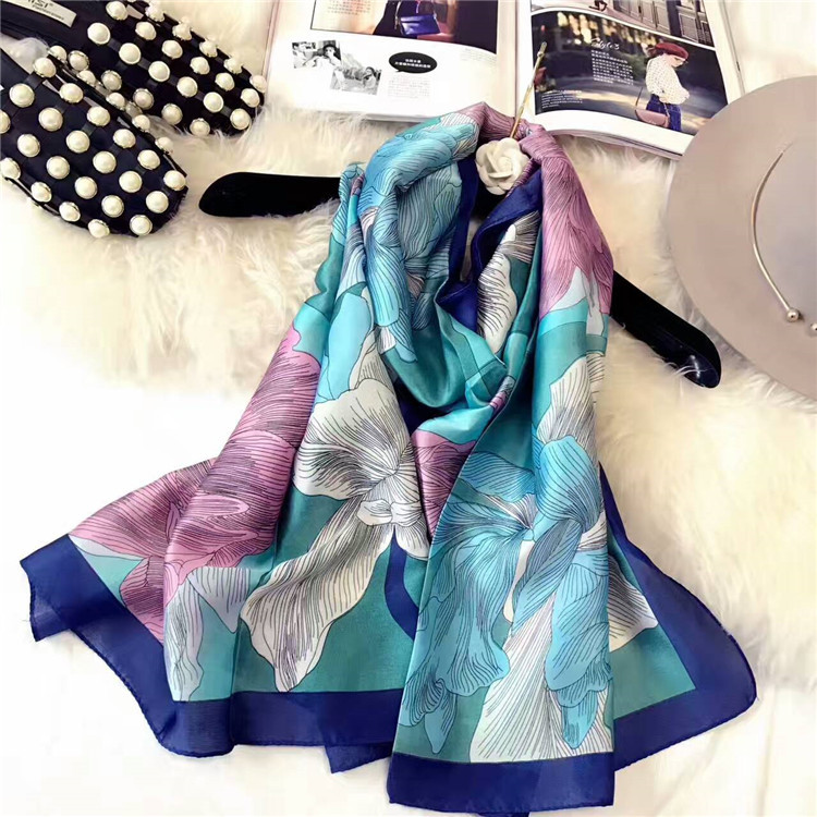 Chic & Fabulous Vantage Floral Polyester Long Stole Wholesale Scarf Tubes