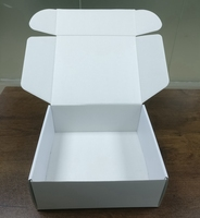MOQ 100 Matte E-commerce Shipping Packaging Recycled eco Corrugated Paper White Color Mailer Box