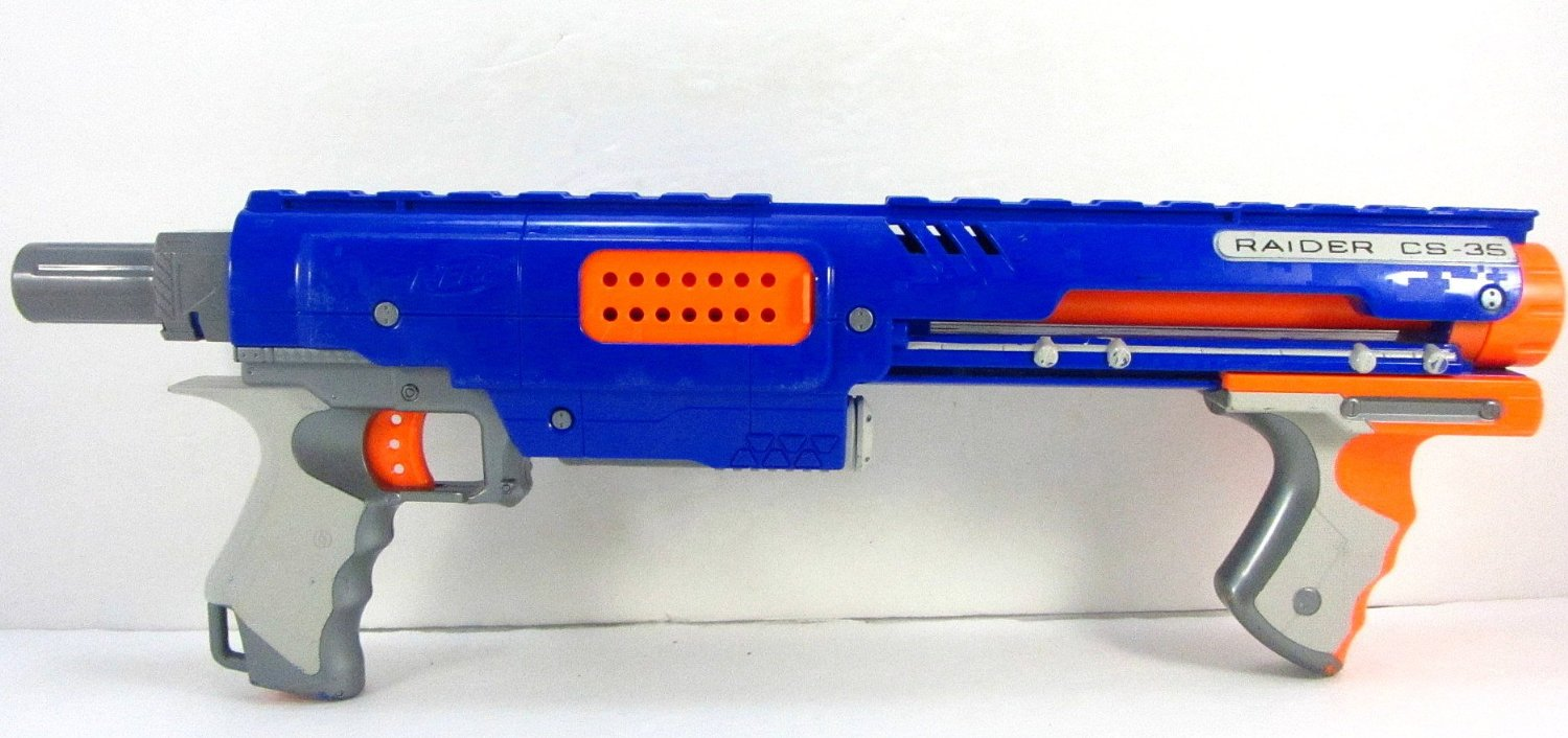 2008 Hasbro Nerf N-Strike Raider Rapid Fire CS-35 Blaster