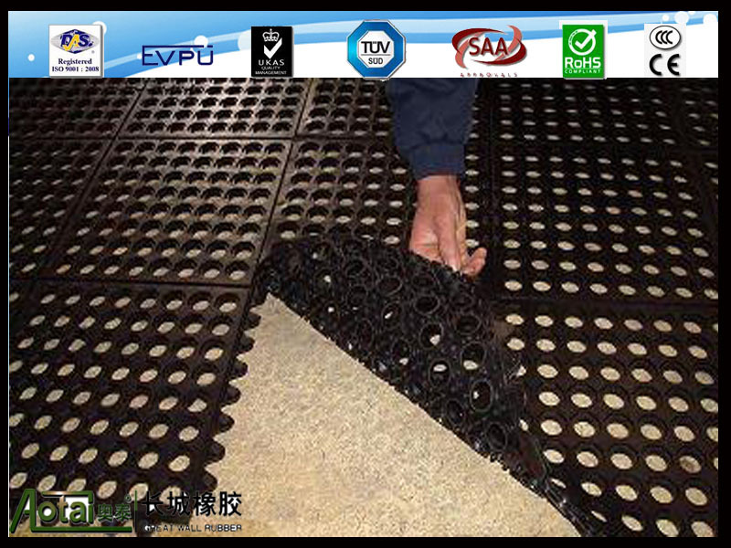 Restaurant Kitchen Floor Non Slip And Drainage Rubber Mats With