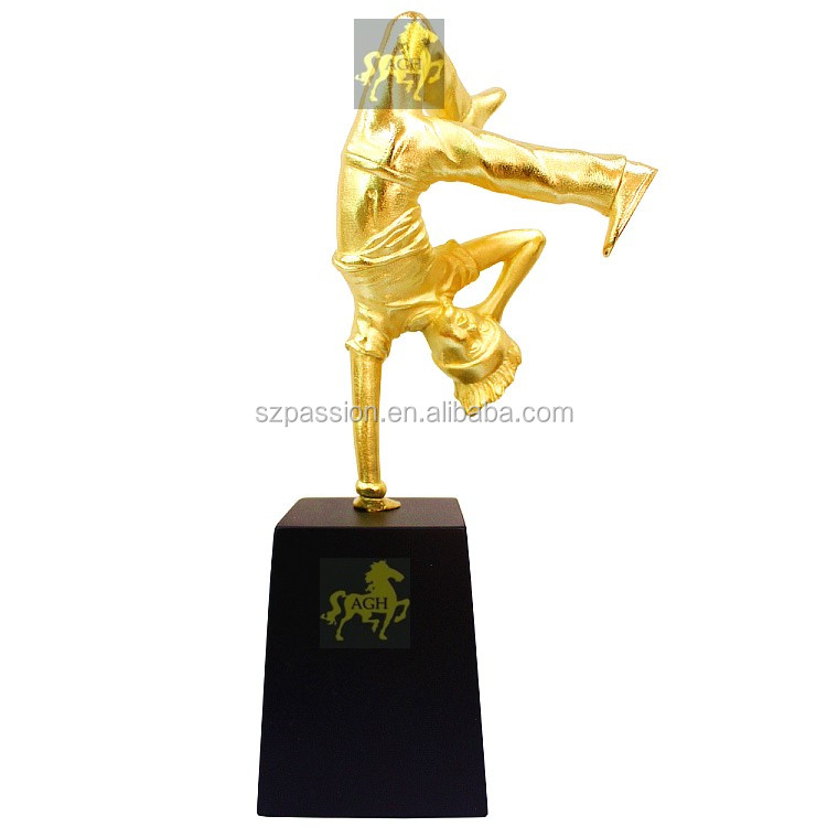 8.4 inches Breakin boy Hip-hop Blank Figure Gold Plated Metal Trophies Kids Medium Trophy Award For Street Dancing