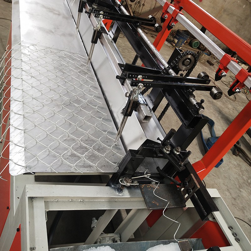 New Type China Popular Chain Link Fence Machine For Sale