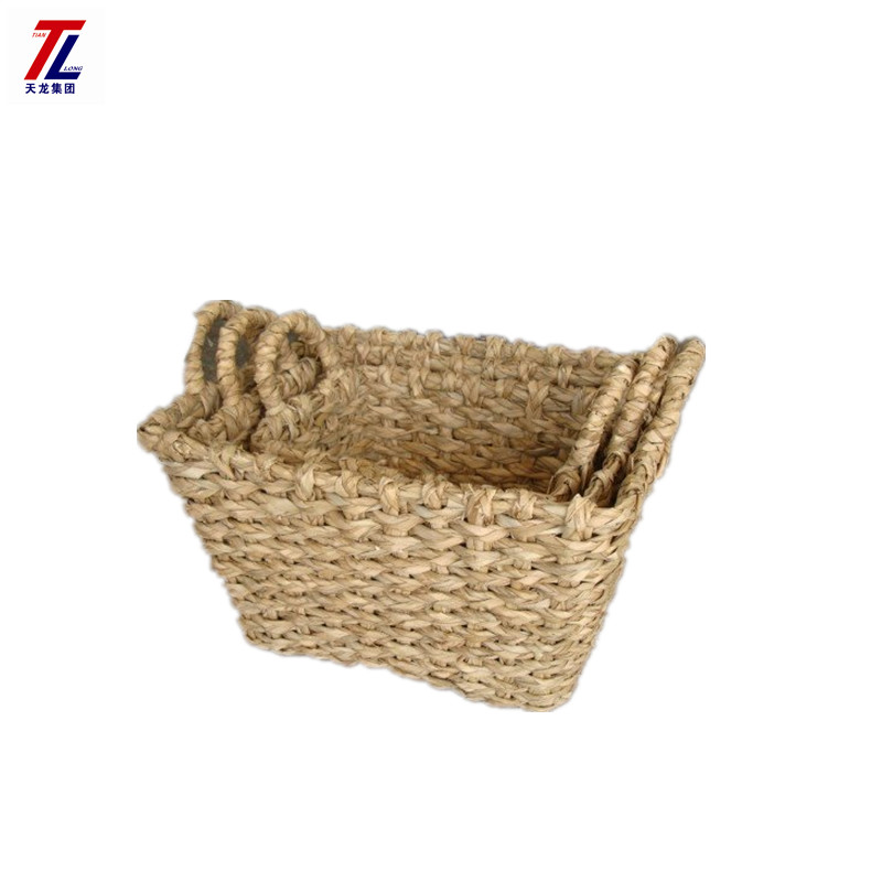 Hot sales wholesale hand made chunky rush basket braided woven cheap storage baskets