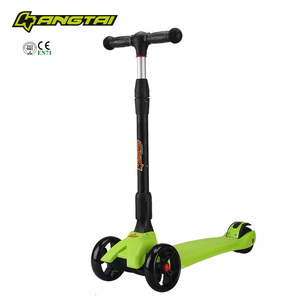 2015 New 4 wheels child mini kick scooter of nice colors and good qiuality