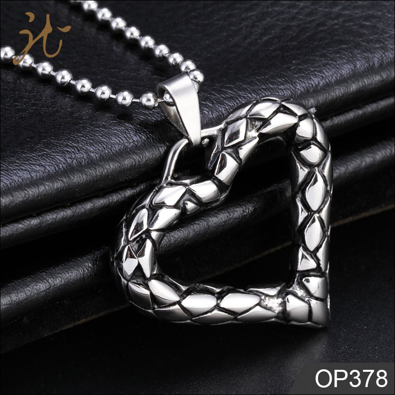 High Quality Custom Heart Shape Metal Pendant