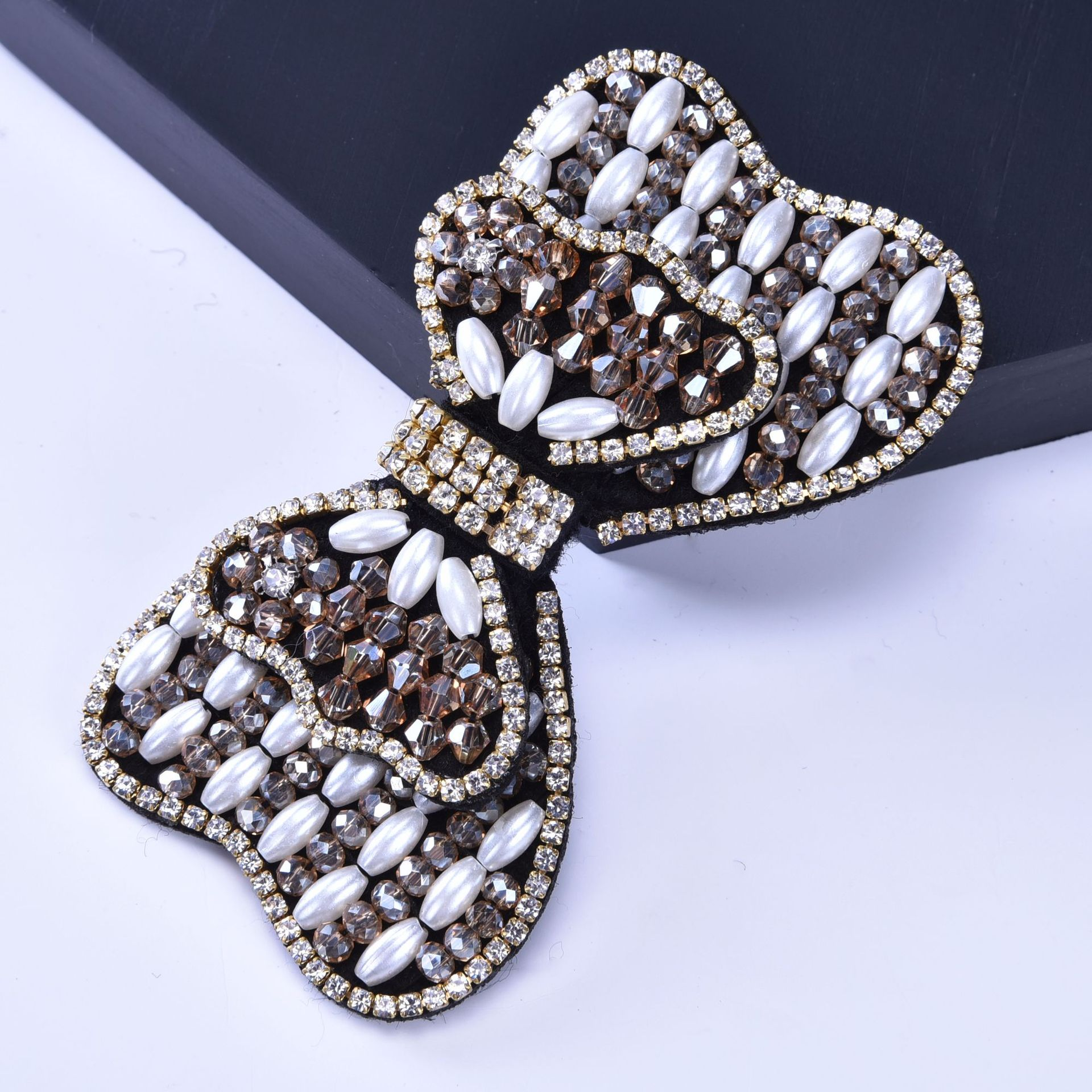 Fashion bags shoes and accessories glass beads shoe accessory