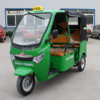 Passenger tuk tuk bajaj indian type tricycle