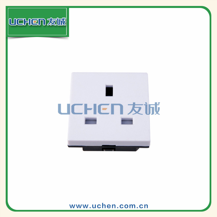 Uchen YGB-022 3 pin outlet 250v 13a electrical british wall dc plug and socket