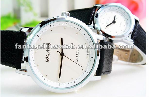 Good quality Fashion wristwatch Black leather strap