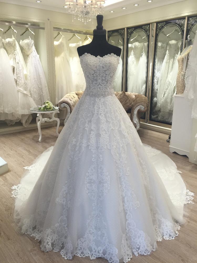 Свадебные платья павлин