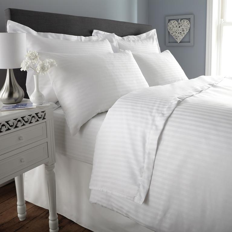 Chinese Supplier Poly Cotton Hotel Linen Single White Strip Duvet
