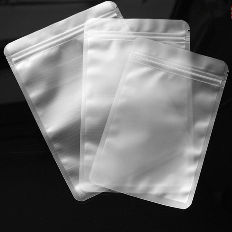 Пластиковые пакеты для одежды, нижнего белья