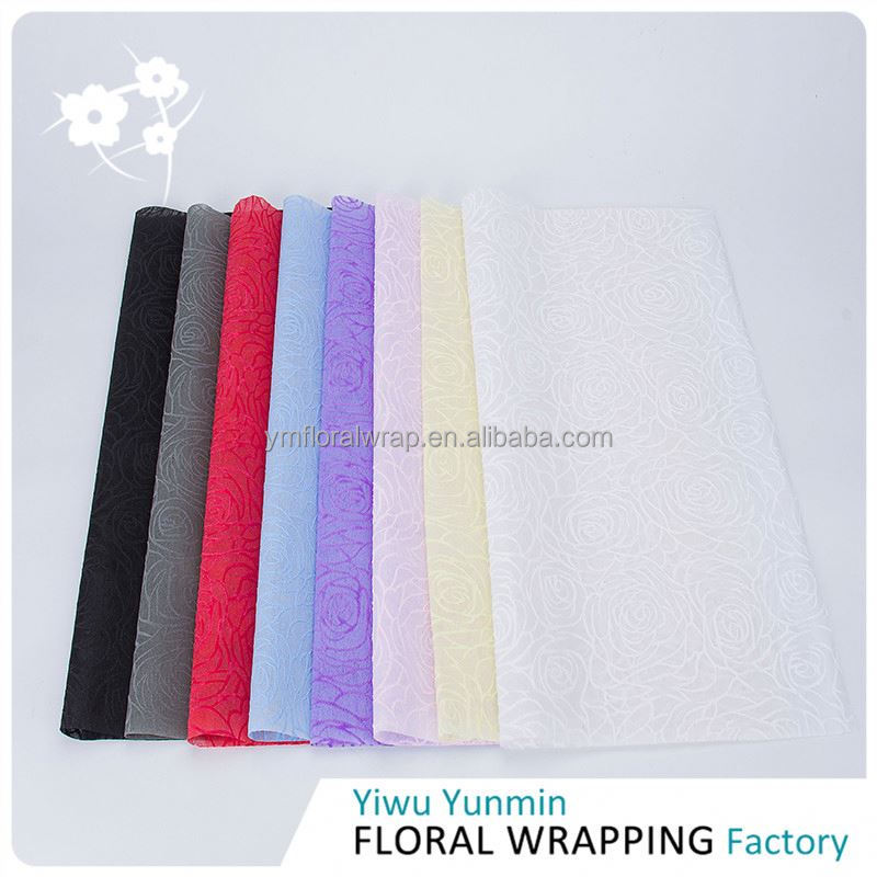 Best selling trendy style PP Non-woven Rose printed packing tissue wrapping paper
