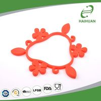 Good service factory directly silicone dining table mat