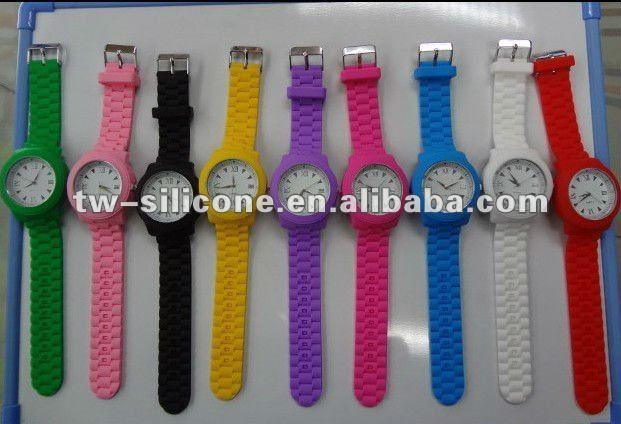 2013 hot sale silicone Japan movt quartz watches men