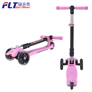 China Factory Logo customized High Weight Bearing Various Colors kids kick Pedal Scooter