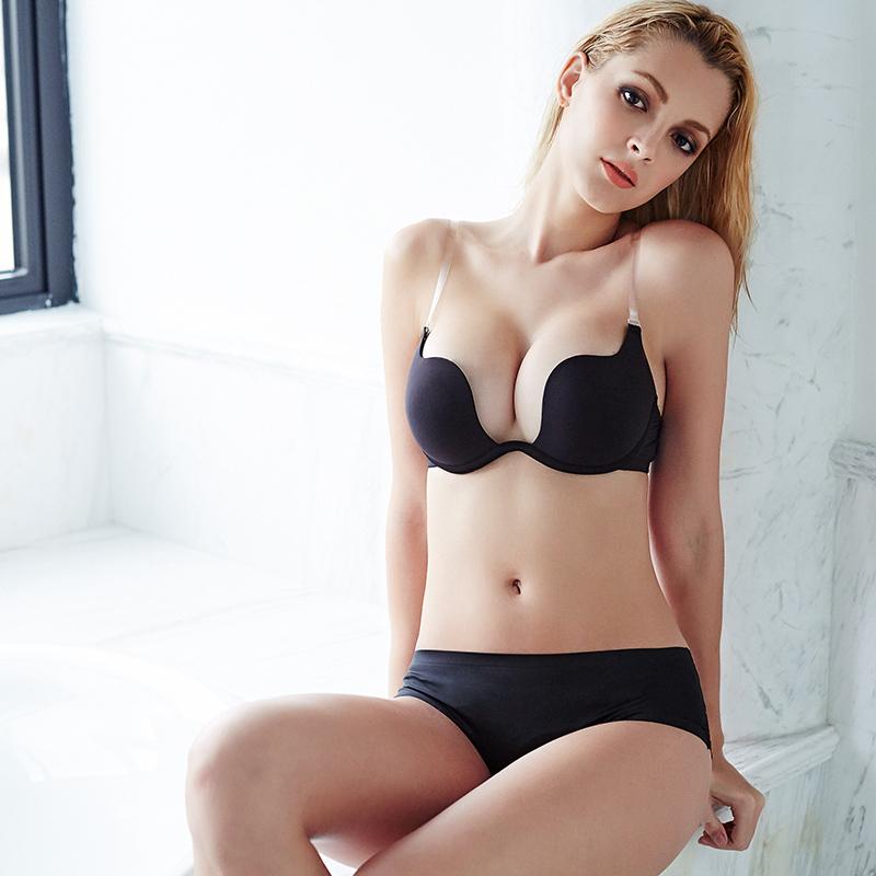 D Cup Sexy Pics 111