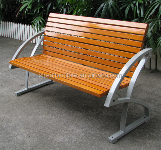 Respaldo de madera de alcanfor y la pierna de metal banco de jard n al aire libre bancos para el - Banco jardin barato ...