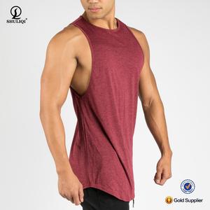 a81c16cd1261a Hot sale plain elongated body tank top gym scallop bottom mens stringer  black singlet workout tank