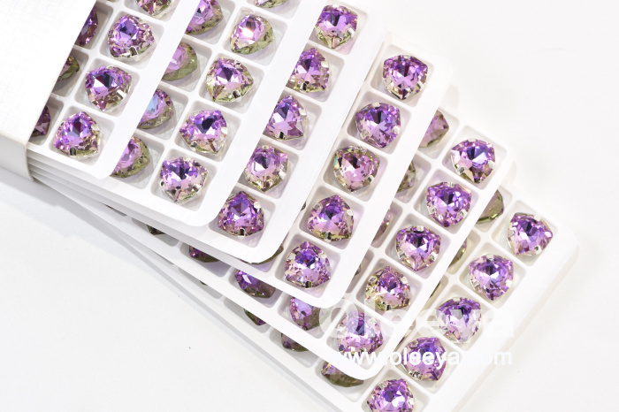 Factory Direct Sale Sew On Glass Rhinestones 12mm Fat Triangle Sew On Crystal Rhinestone Manufacturer