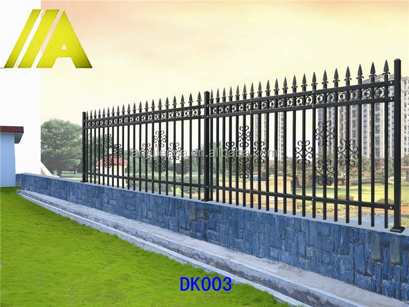 DK003 Custom design Decorative wrought iron garden wall fence