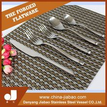 Round handle flatware, smooth surface, appreciated by westerners, stainless steel cutlery