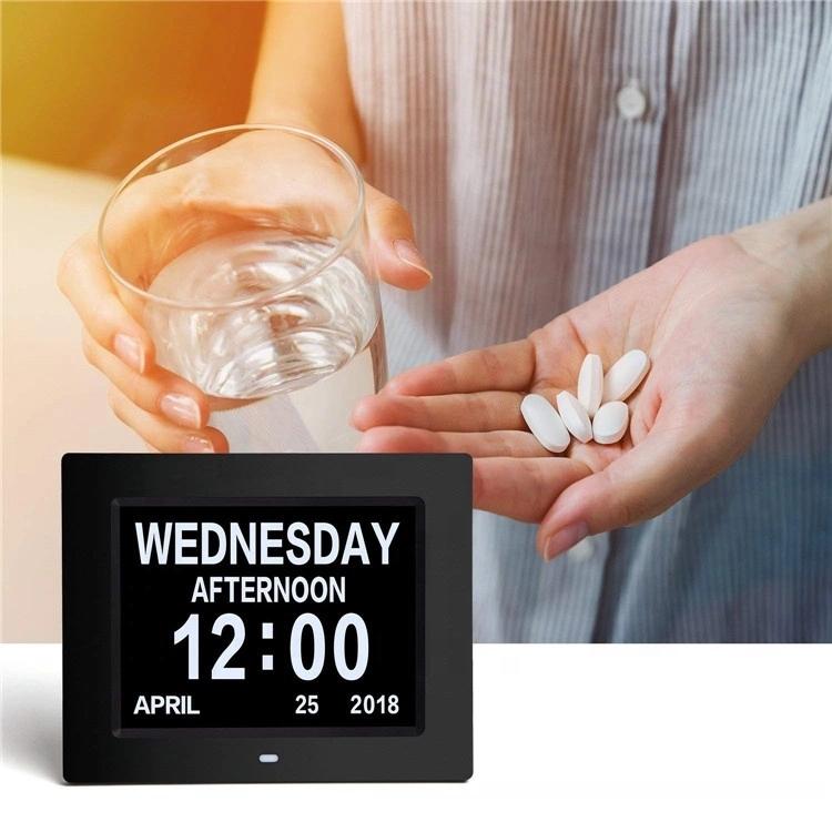 Fornitore 8 pollici digitale Giorno di calendario Orologio di Grandi Dimensioni In Più Alterata Visione Orologio Da Tavolo Digitale con Batteria di Backup e 5 di Allarme opzioni di