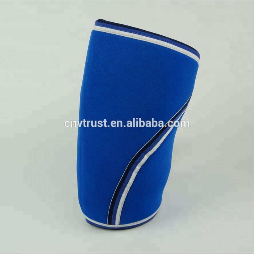 7mm Neoprene Knee Sleeve / Support & Compression for Weightlifting, Powerlifting & Cross Training