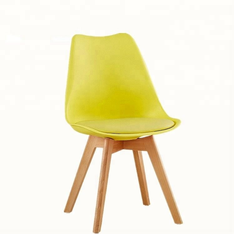 Modern Design Cafe Shop Chairs Colorful Wooden Legs Plastic Dining Chair